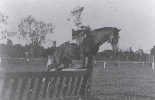 First Atherton Show 1904 - left hand view of the showgrounds
